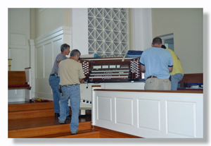 Organ_Moving_Day_DS_300