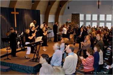 Praise Team and worshippers